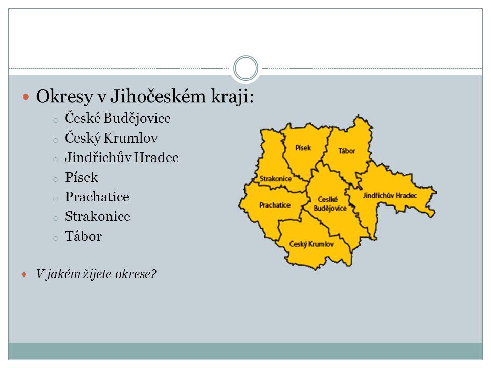 Města a vesnice: Okresy se dále dělí na menší územní celky, které se nazývají města a vesnice.