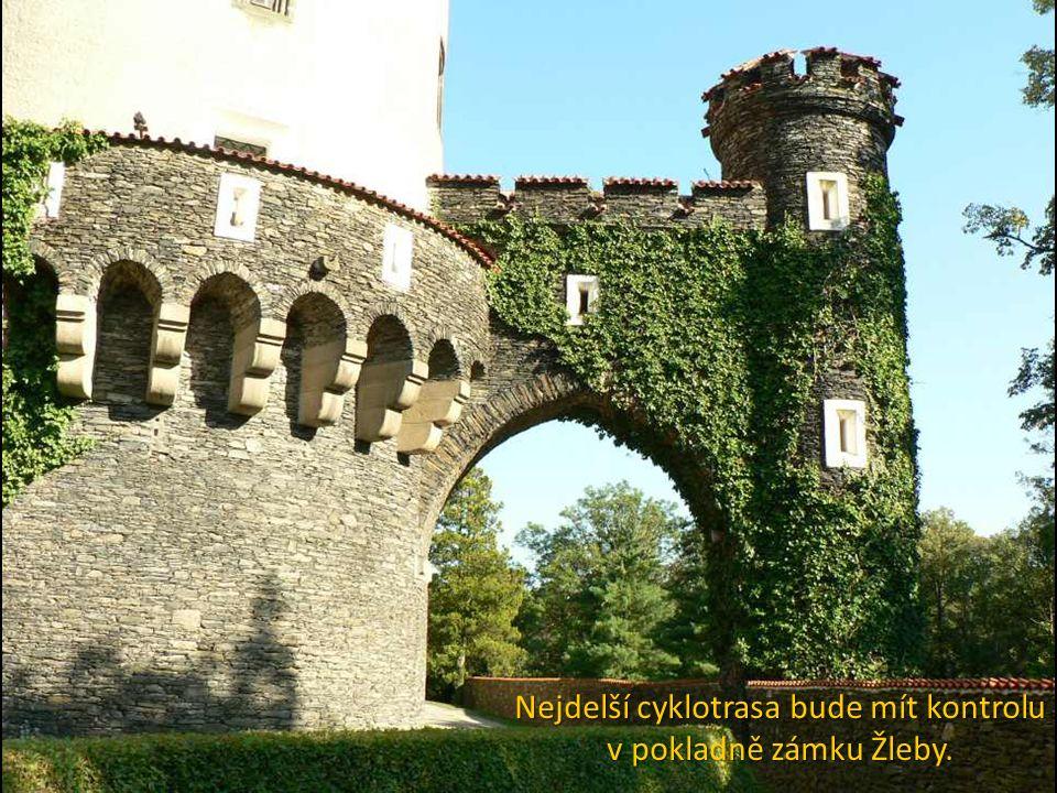Nejdelší cyklotrasa bude mít kontrolu v pokladně zámku Žleby.