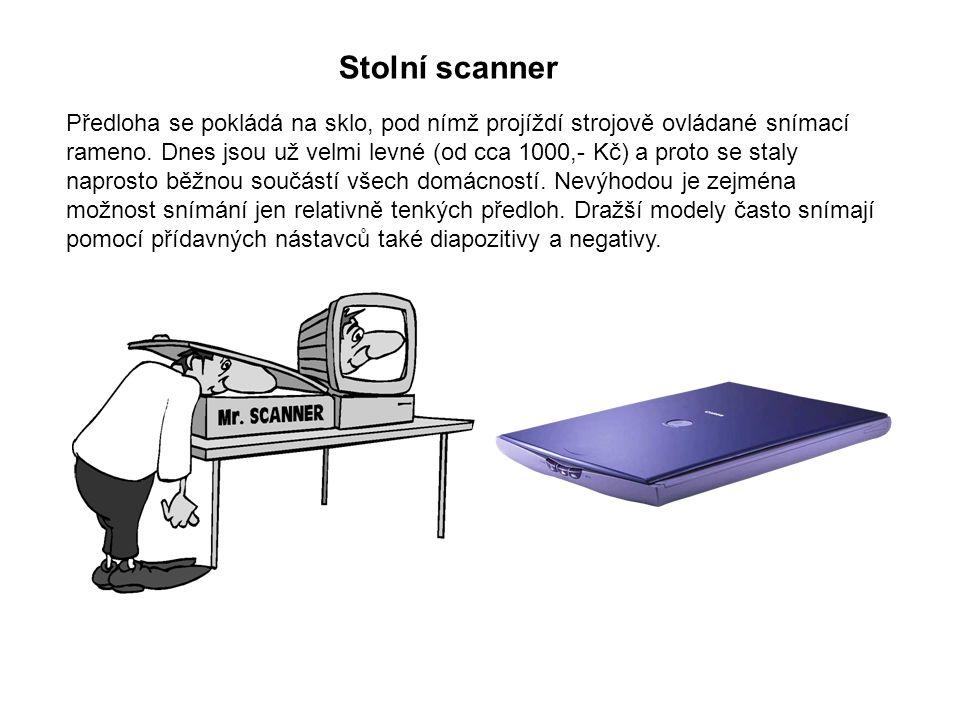 Stolní scanner Předloha se pokládá na sklo, pod nímž projíždí strojově ovládané snímací rameno.
