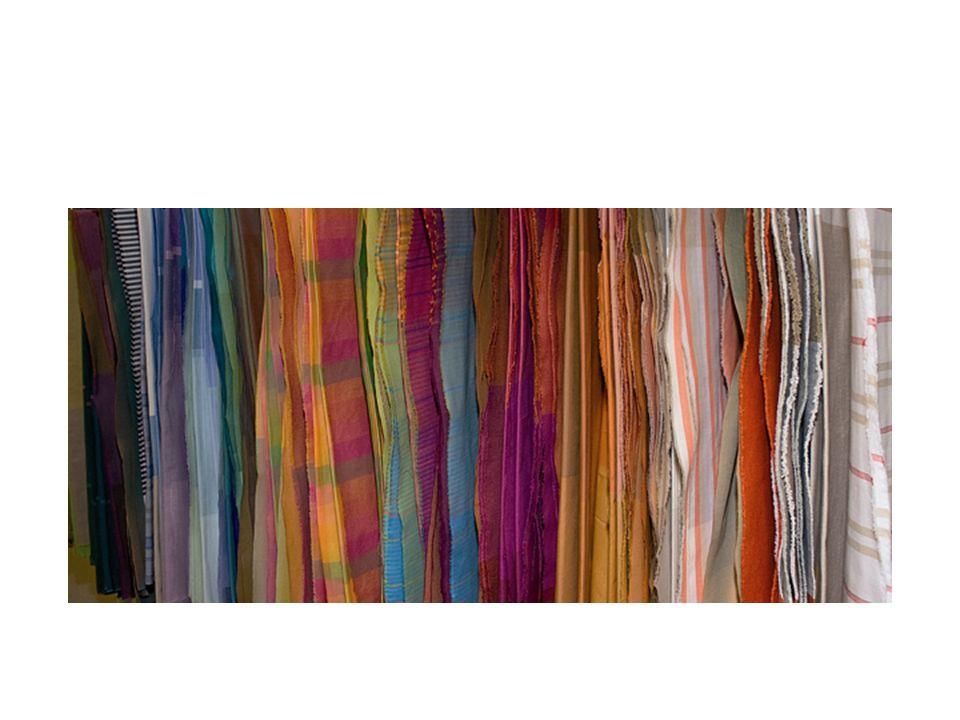 Dělení podle materiálového složení: Bavlnářské – bavlněná vlákna a směsi s bavlnou Vlnařské – vlněná vlákna a směsi s vlnou Hedvábnické – přírodní hedvábí, nitě z chemických vláken s charakterem hedvábí Lnářské – lněná vlákna, směsi s chemickými a bavlněnými vlákny