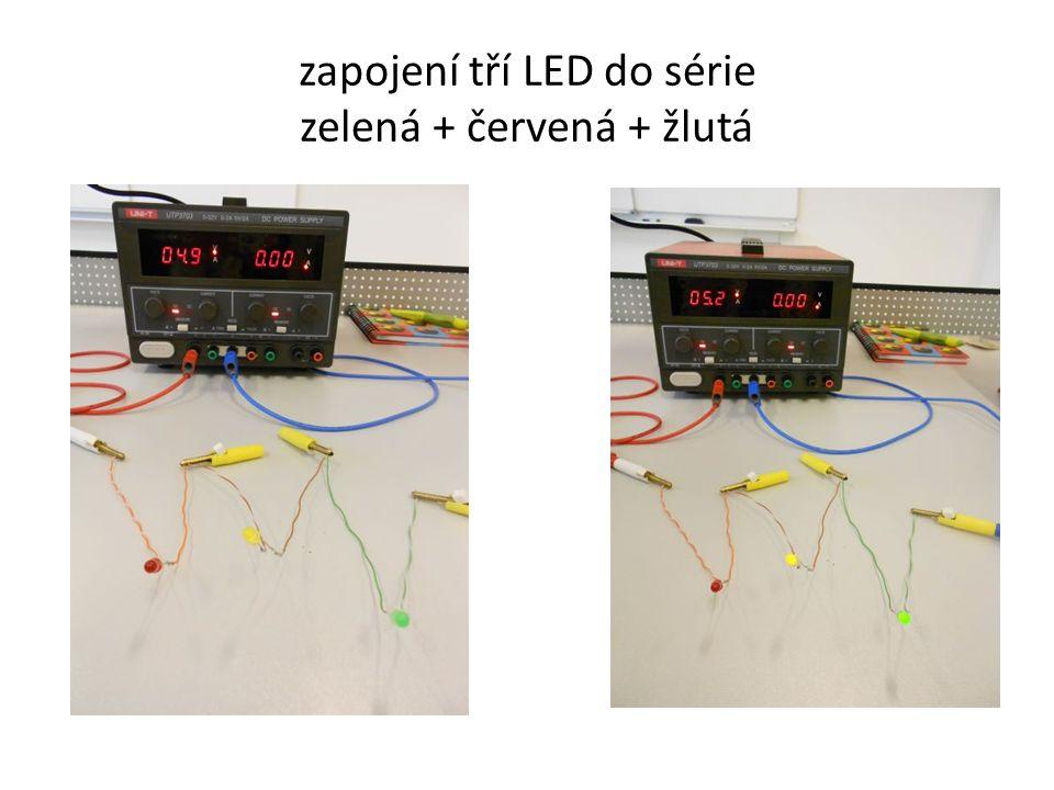 zapojení tří LED do série zelená + červená + žlutá