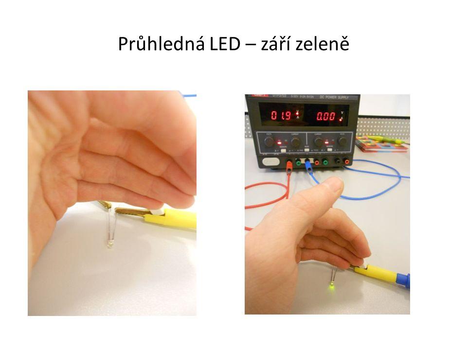Průhledná LED – září zeleně