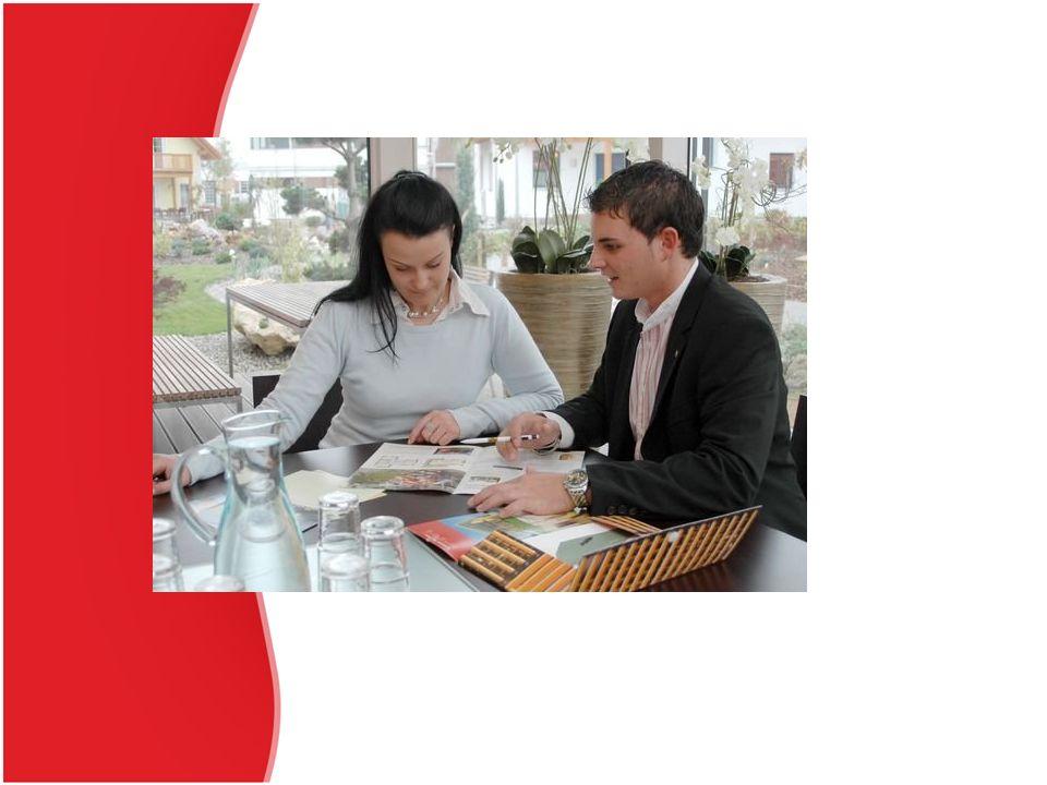 Vymezení smlouvy Smlouva se vymezuje jako dohoda, kterou se jedna strana (obchodní zástupce)zavazuje dlouhodobě pro druhou stranu (zastoupeného) vyvíjet činnost směřující k uzavírání určitého druhu smluv (obchodů) nebo sjednávat a uzavírat obchody jménem zastoupeného na jeho účet.