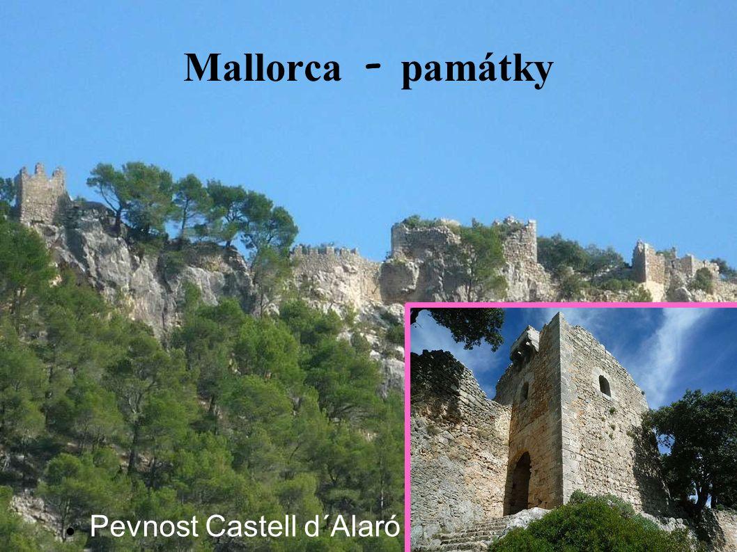 Mallorca - pam á tky Pevnost Castell d´Alaró