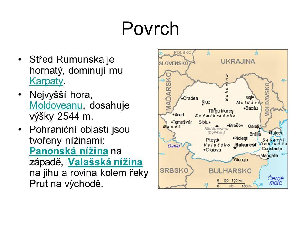 Povrch Střed Rumunska je hornatý, dominují mu Karpaty.