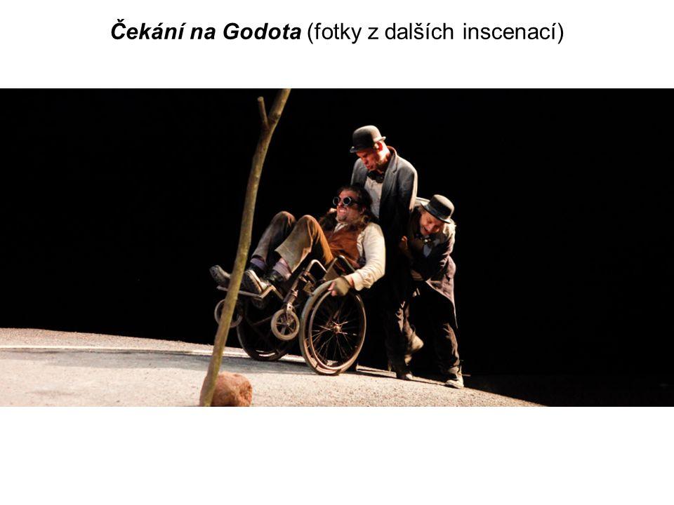 Čekání na Godota (fotky z dalších inscenací)