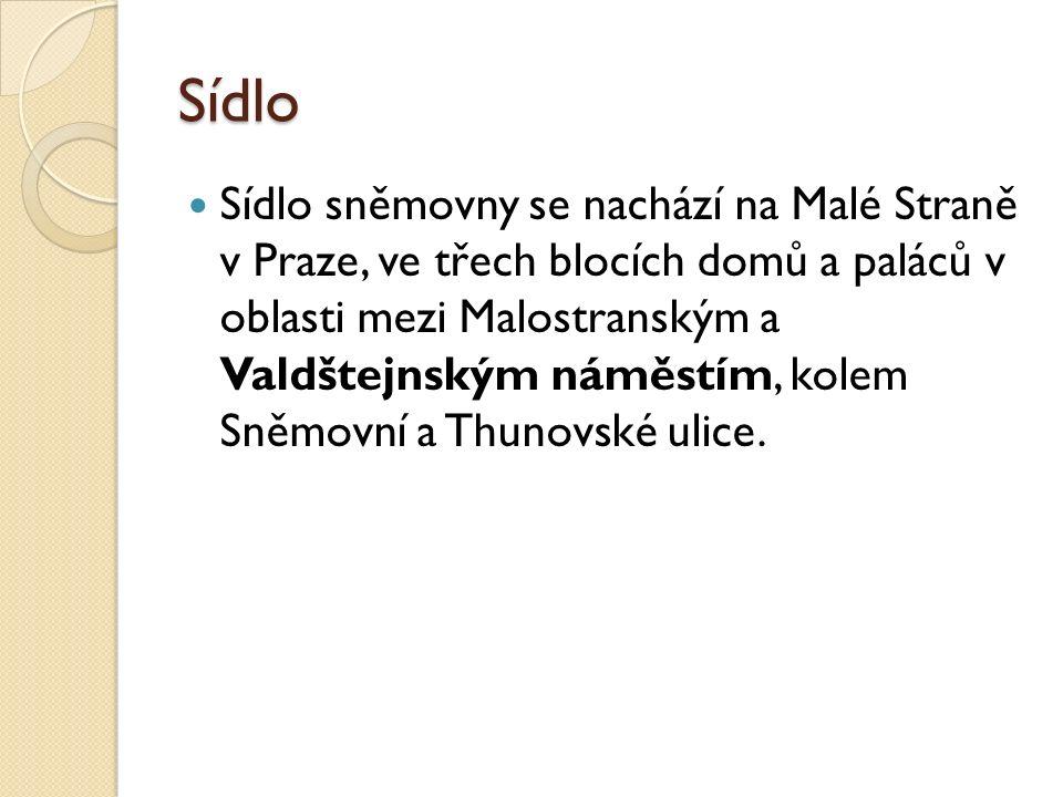 Sídlo Sídlo sněmovny se nachází na Malé Straně v Praze, ve třech blocích domů a paláců v oblasti mezi Malostranským a Valdštejnským náměstím, kolem Sněmovní a Thunovské ulice.