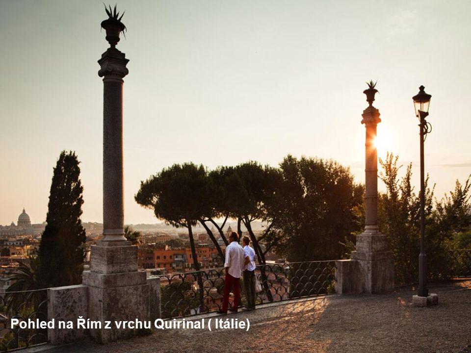 Benátky ze zvonice katedrály Sv. Marka (Ittálie)