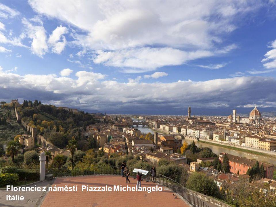 Pohled na Alhambru - Španělsko
