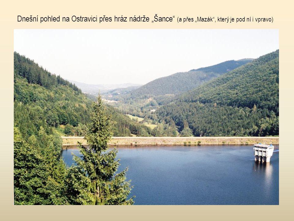 Ostrawitz (Ostravice před 100 lety), za Kněhyní je Čertův mlýn, Radhošť...