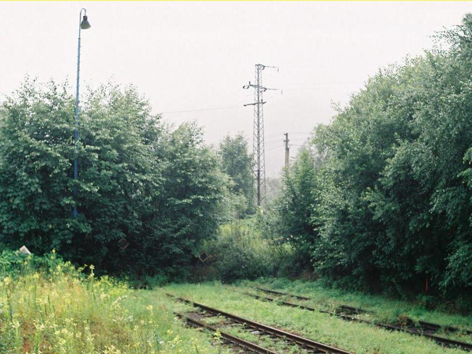 """Mapy """"železniční a """"kilometráže v jízdních řádech Stavební plán FBD uvádí ŽST Ostravici v km 6,1 - 6,4."""