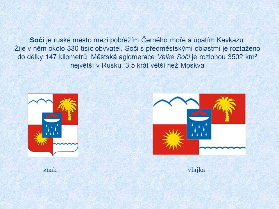Soči je ruské město mezi pobřežím Černého moře a úpatím Kavkazu.
