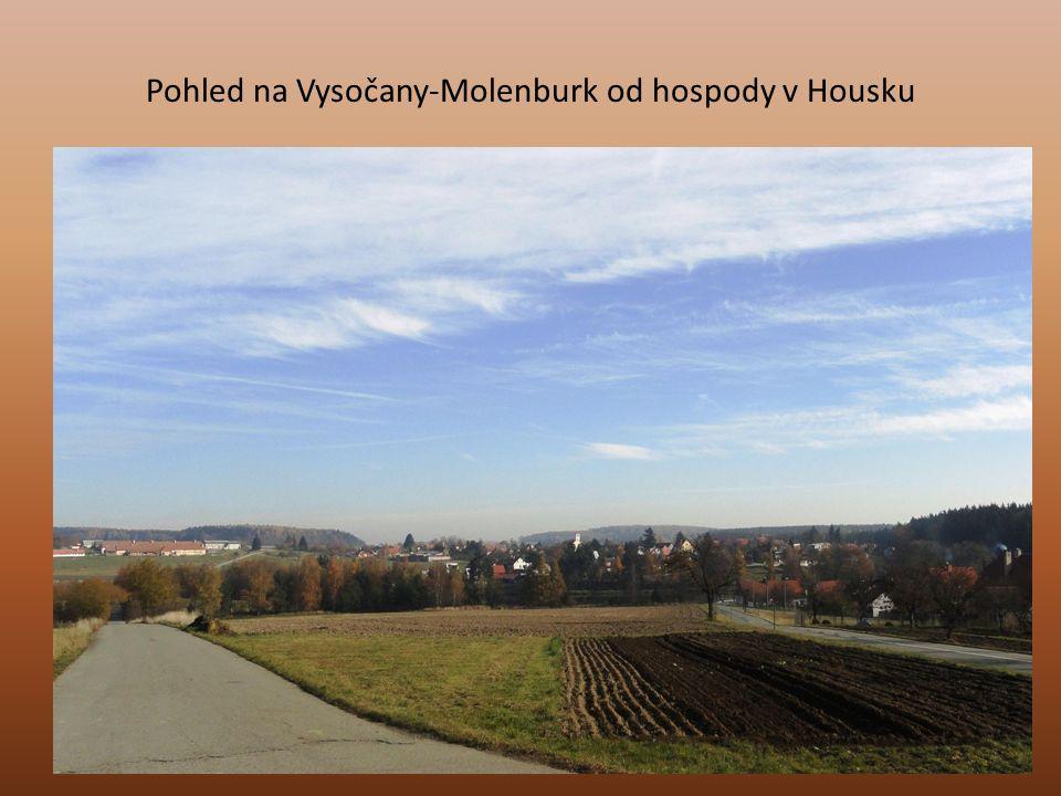 Pohled na Vysočany-Molenburk od hospody v Housku