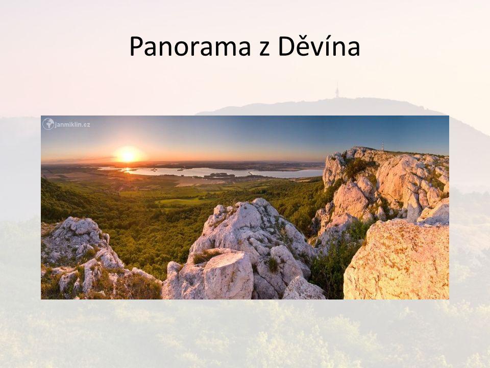 Panorama z Děvína