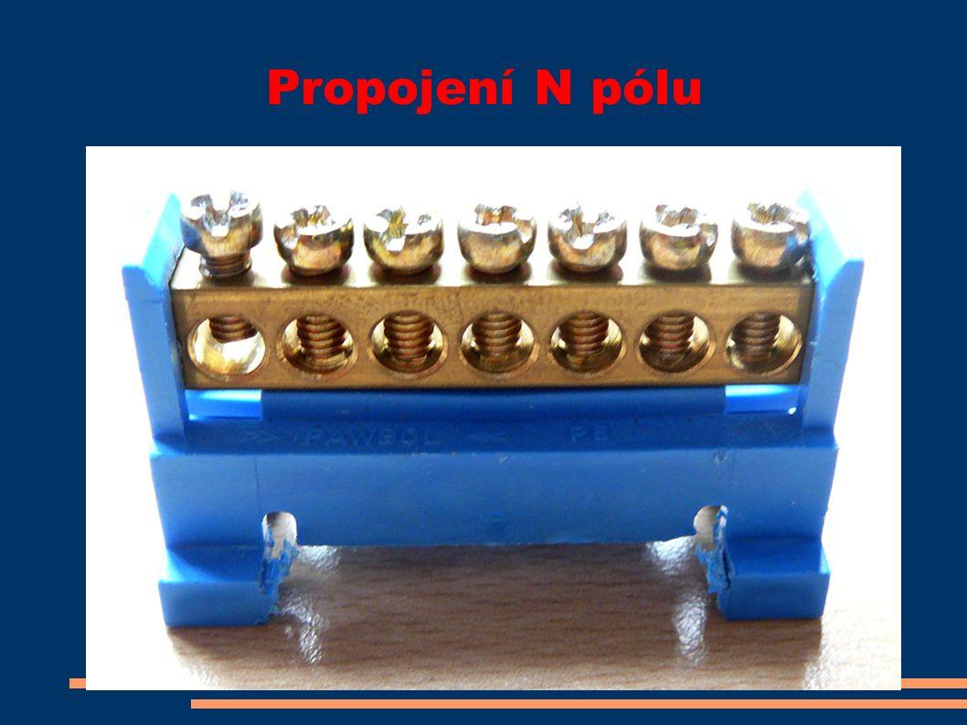 Propojení N pólu