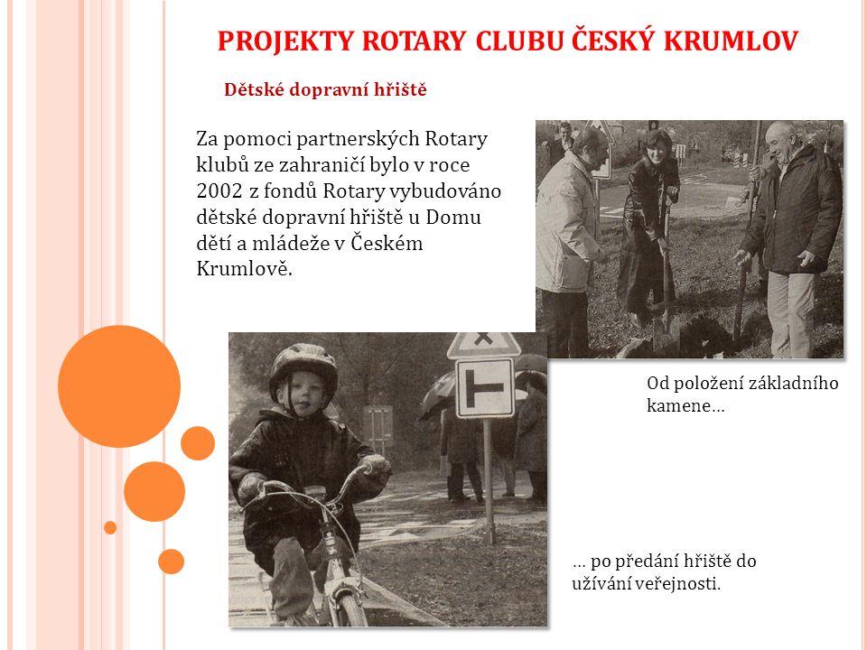 Obnova Rajské zahrady v klášteře ve Vyšším Brodě Rotary cluby Freistadt, České Budějovice a Český Krumlov spolupracovaly v na obnově Rajské zahrady v cisterciáckém klášteře ve Vyšším Brodě.