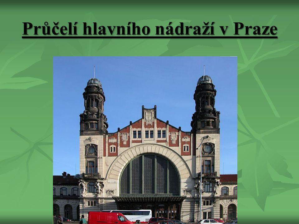 Průčelí hlavního nádraží v Praze