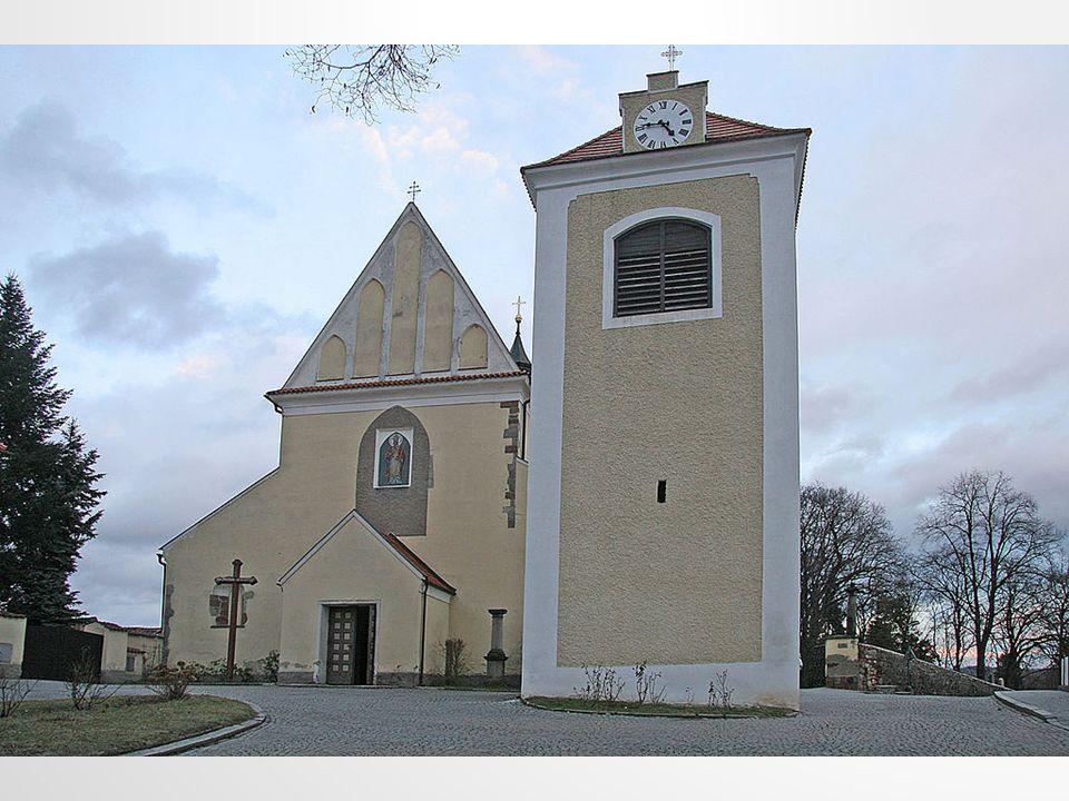 BENEŠOV Leží 40 km jihovýchodně od Prahy. K 1. lednu 2013 zde žilo 16 541 obyvatel.
