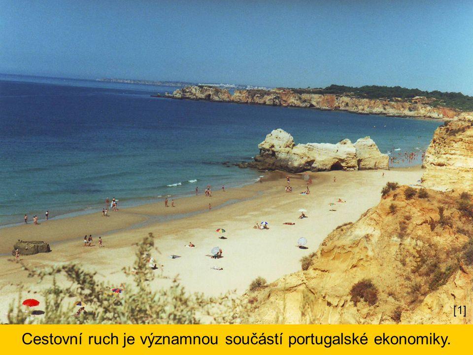 Cestovní ruch je významnou součástí portugalské ekonomiky. [1]