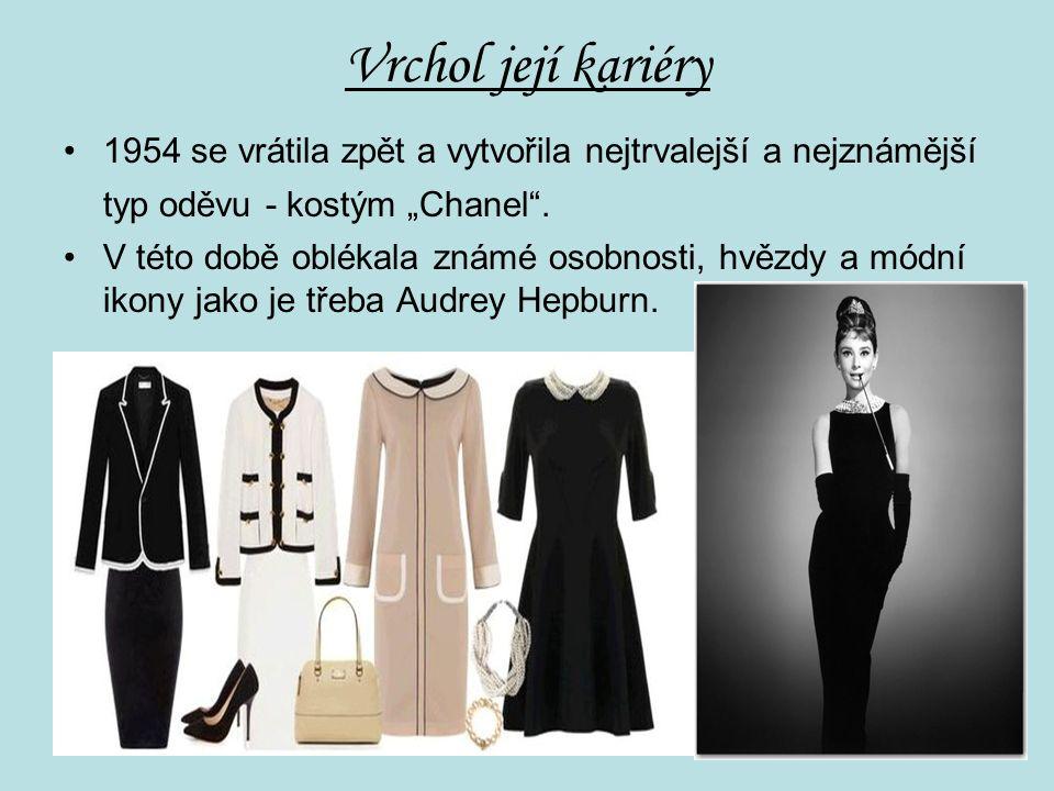 """Vrchol její kariéry 1954 se vrátila zpět a vytvořila nejtrvalejší a nejznámější typ oděvu - kostým """"Chanel ."""