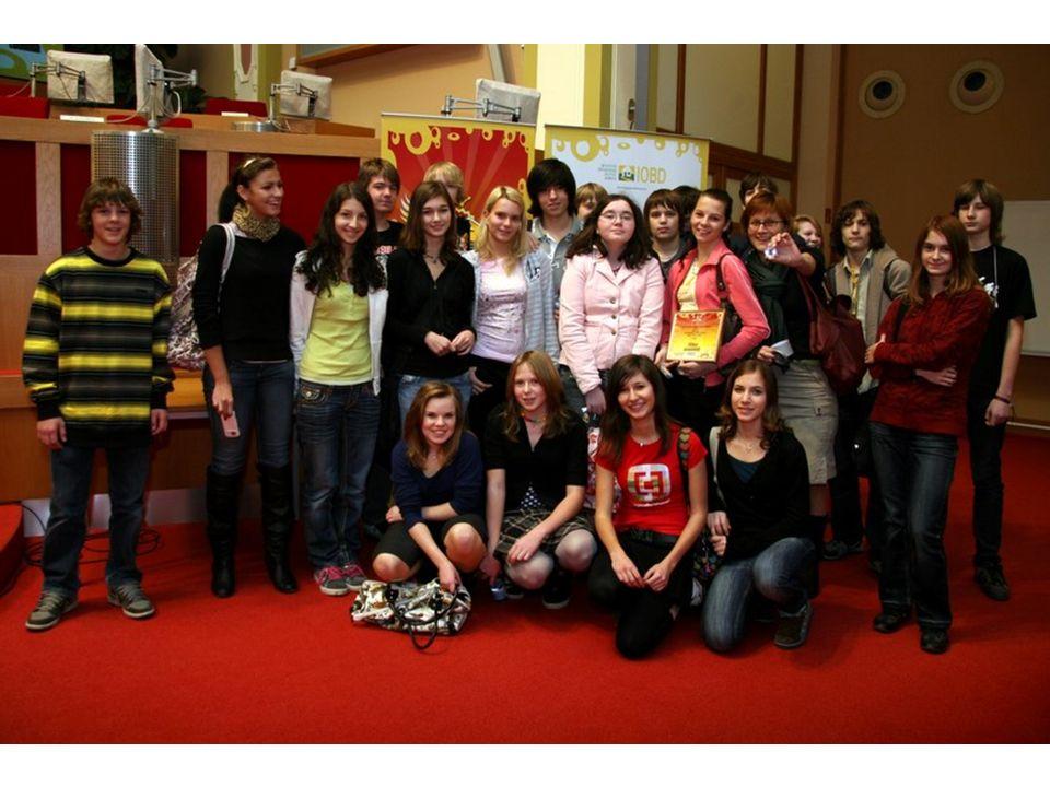 19.11.2009 - Jak to dopadlo 1.místo č.4. ZŠ Olešská - Šikana 2.místo č.1.
