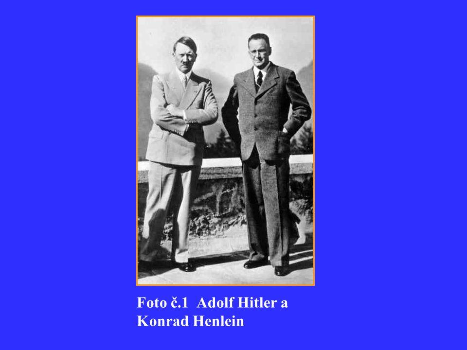 Foto č.1 Adolf Hitler a Konrad Henlein