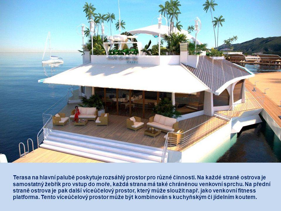 Terasa na hlavní palubě poskytuje rozsáhlý prostor pro různé činnosti.