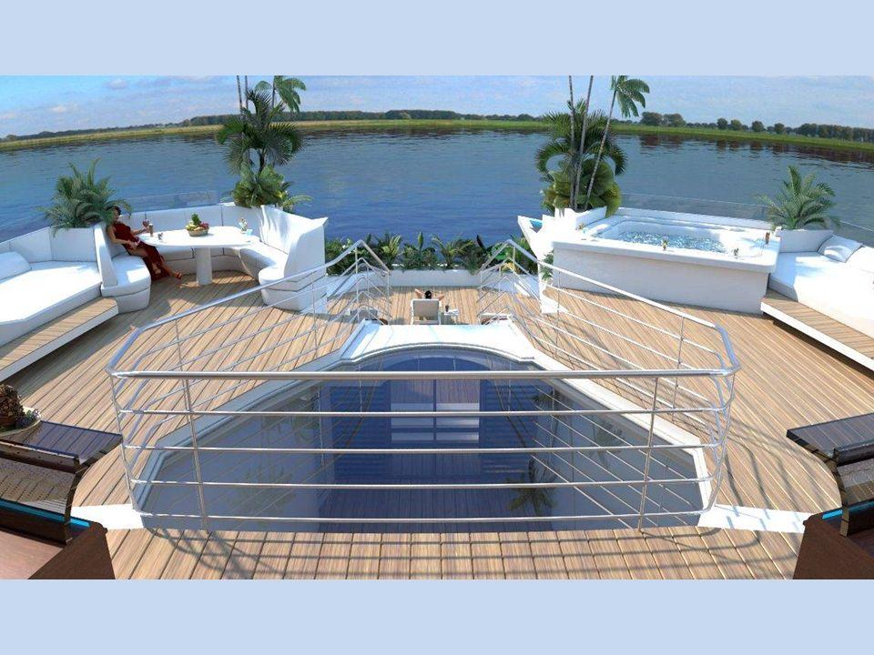 Na horní palubě je sluneční terasa s pohodlnými lehátky a s výhledem do okolí. Je zde také velká vířivka a útulné posezení.