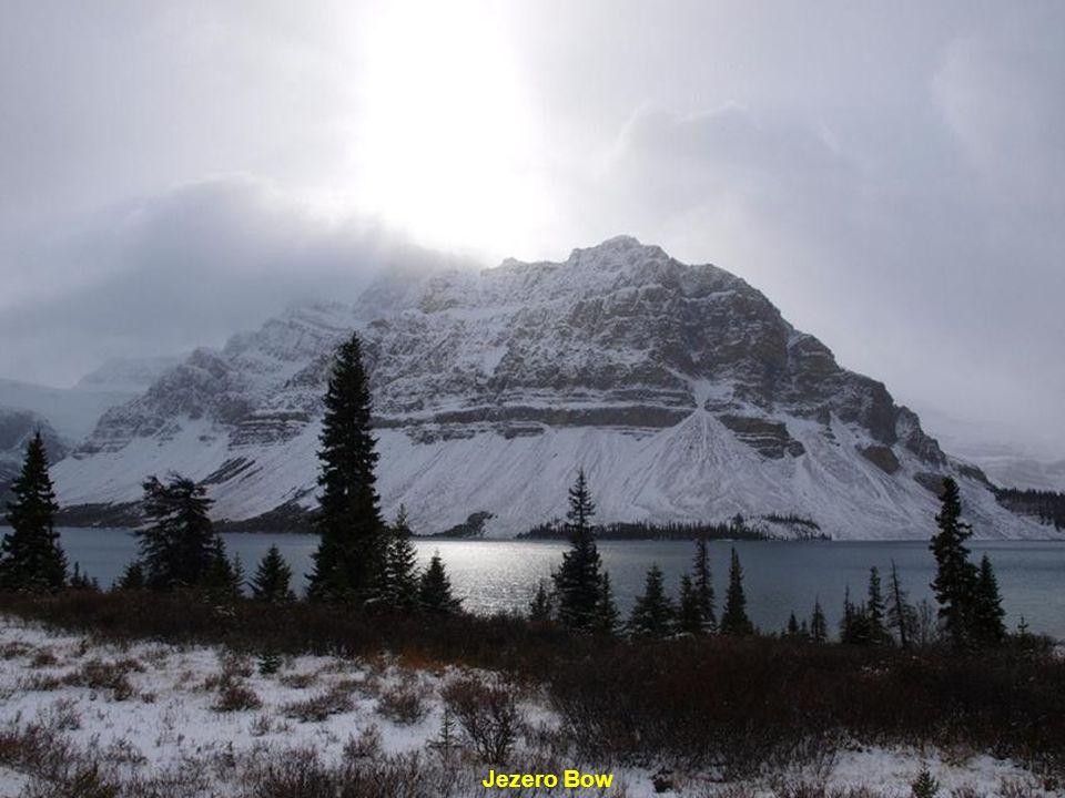 """Vodopád """"Podkova"""" známý též jako Kanadský vodopád"""