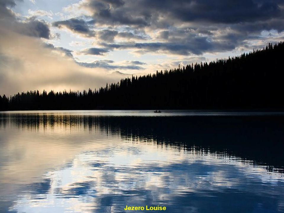 Jezero Emerald – obydlí u jezera