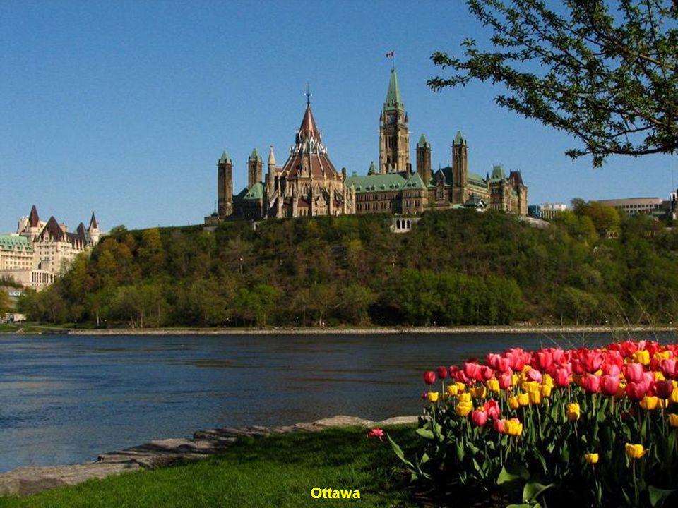 Zámek-de-Frontenac-Quebec