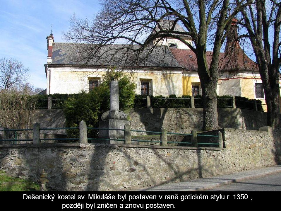 Pod vrchem Prenetem v chráněné krajinné oblasti Šumava se nachází obec Dešenice.