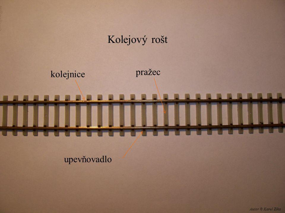 Kolejový rošt kolejnice pražec upevňovadlo Autor © Karel Zíka