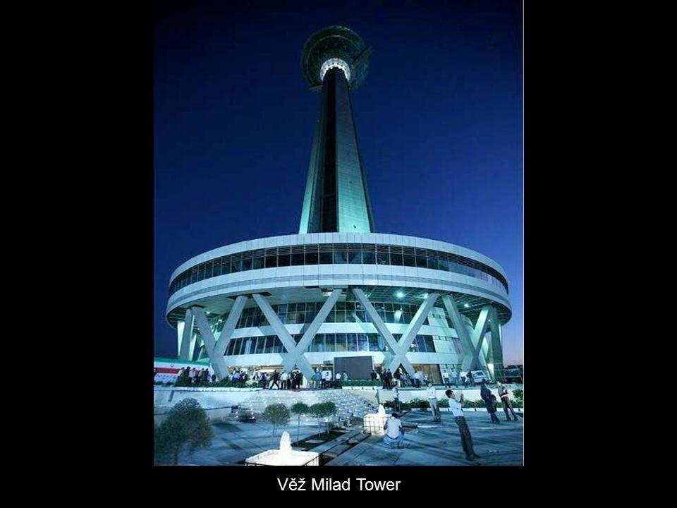 Věž Milad Tower je čtvrtou nejvyšší telekomunikační věží na světě.