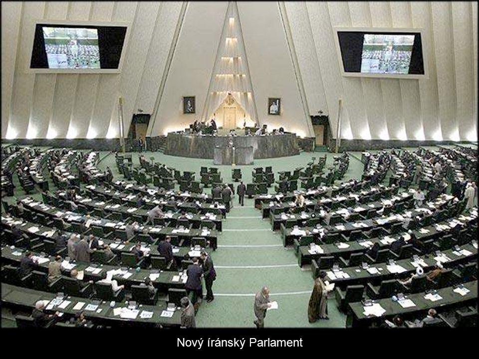 Starý íránský Parlament
