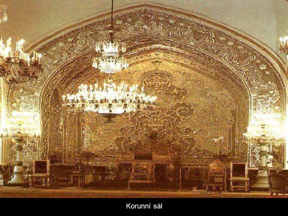 Hlavní sál paláce