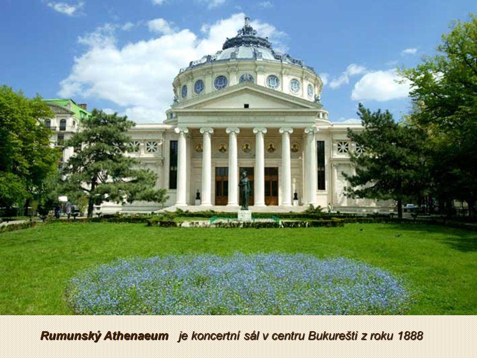 Triumfální oblouk Byl postaven v roce 1936 na památku vítězství rumunské armády v první světové válce.
