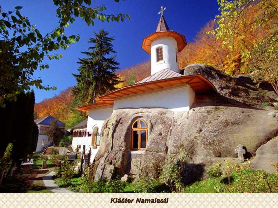 Skalní klášter Havranů v Arges