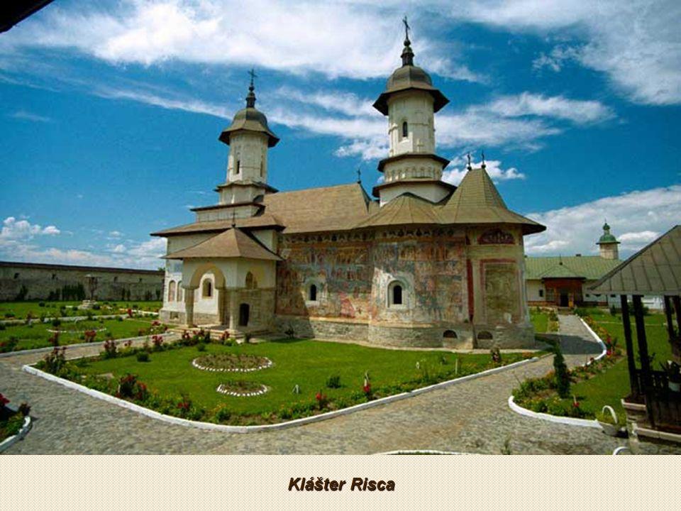 Klášter Putna patří rumunské pravoslavné církvi