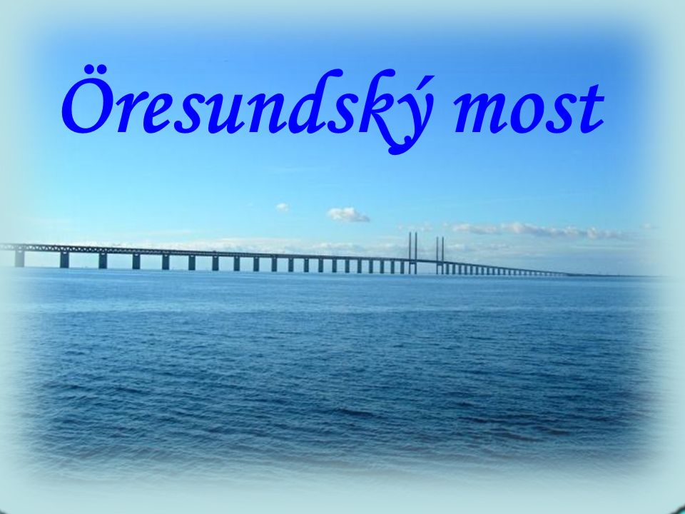 Příčný průřez dráhy mostu z pobřeží na pobřeží.