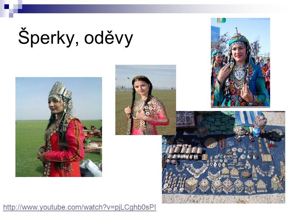 Šperky, oděvy http://www.youtube.com/watch?v=pjLCghb0sPI
