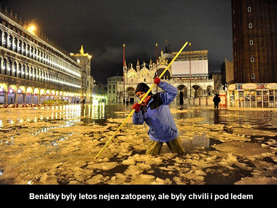 Benátky byly letos nejen zatopeny, ale byly chvíli i pod ledem