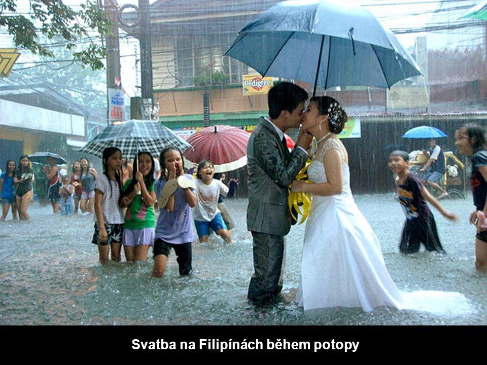 Svatba na Filipínách během potopy