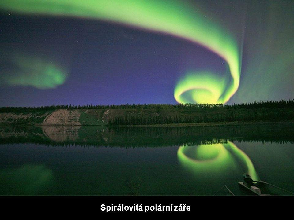 Spirálovitá polární záře
