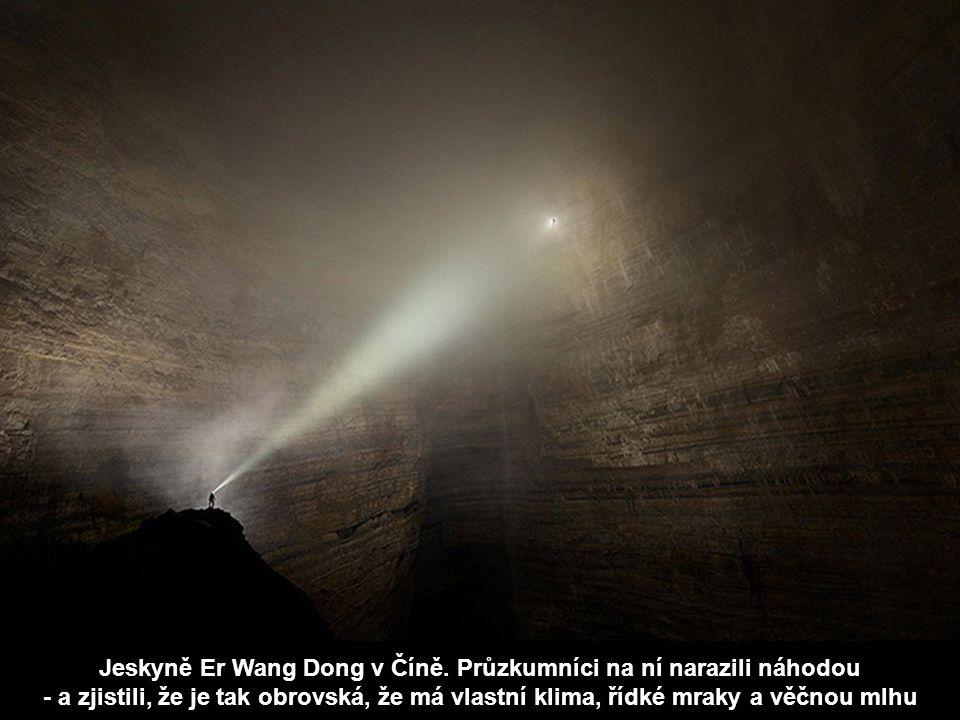 Jeskyně Er Wang Dong v Číně.