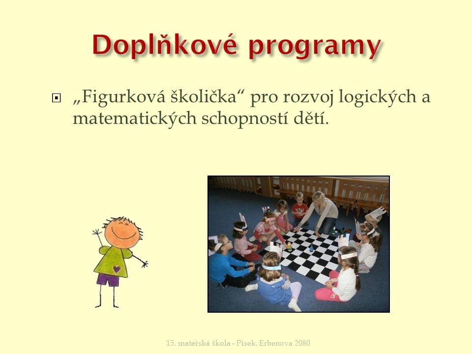 """ V """"Angličtině pro nejmenší se pomocí různých her a zpíváním učíme vnímat cizí jazyk."""