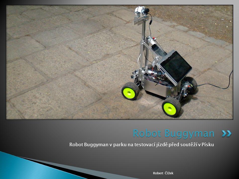 Robot Buggyman v parku na testovací jízdě před soutěží v Písku Robert Čížek Robot Buggyman