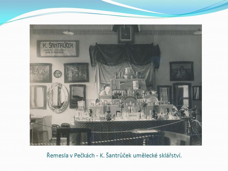 Řemesla v Pečkách - K. Šantrůček umělecké sklářství.