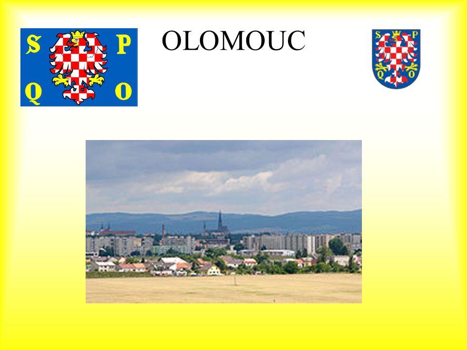 Geografie Rozloha:10 337ha Počet obyvatel (k 31.12.2002):101 624 Poloha zeměpisné souřadnice středu města: 49°45´ severní zeměpisné šířky 17°15´ východní zeměpisné délky NADMOŘSKÁ VÝŠKA : Město Olomouc leží v nivě řeky Moravy.
