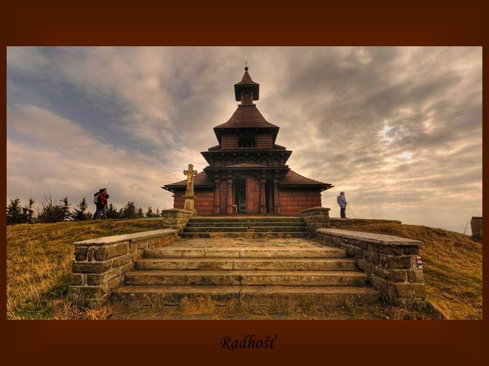 Pustevny – kaple Cyrila a Metoděje na Radhošti